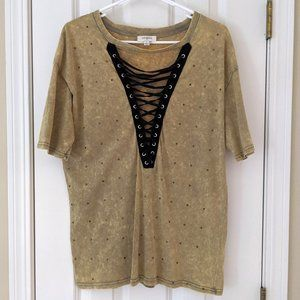 Umgee Studded Lace-up T-shirt, size S